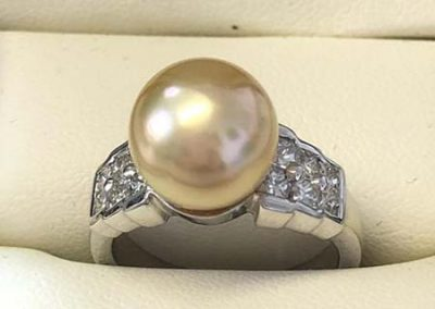 Pearl-Ring-with-diamonds_web