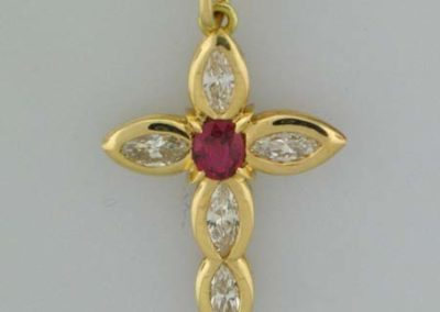 gold-cross-diamonds-ruby